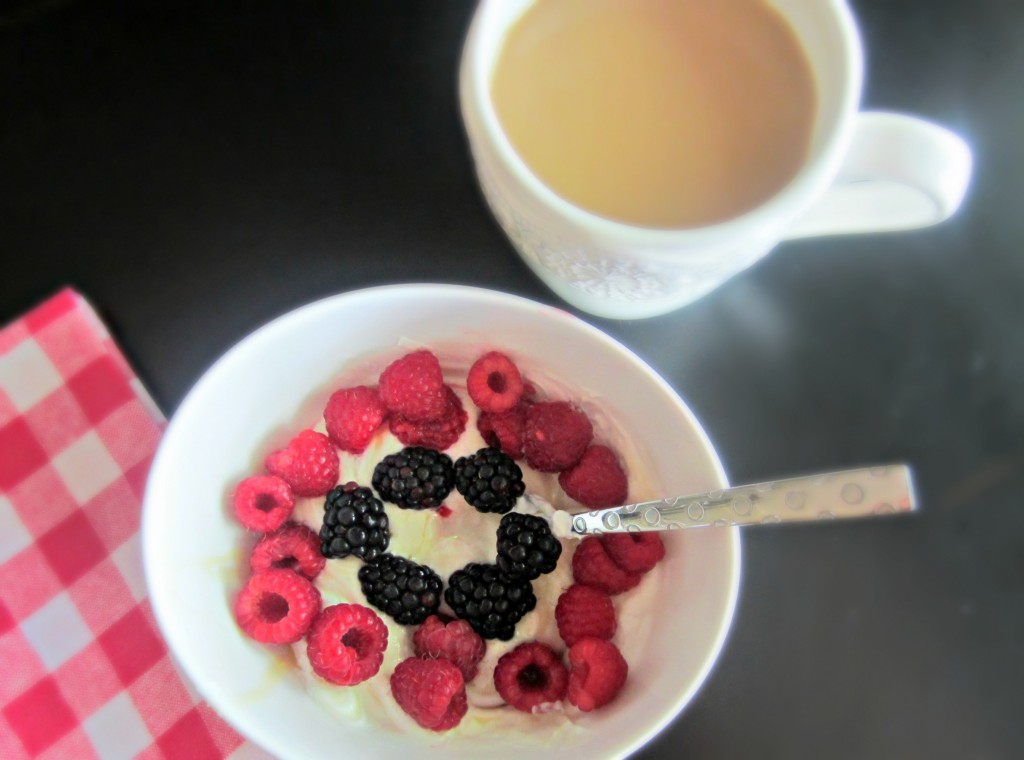raspberry and blackberry yogurt breakfast