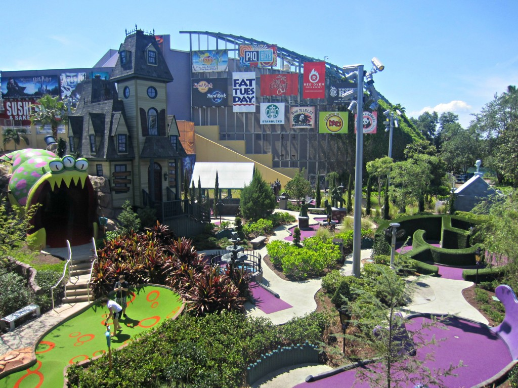 universal mini golf course