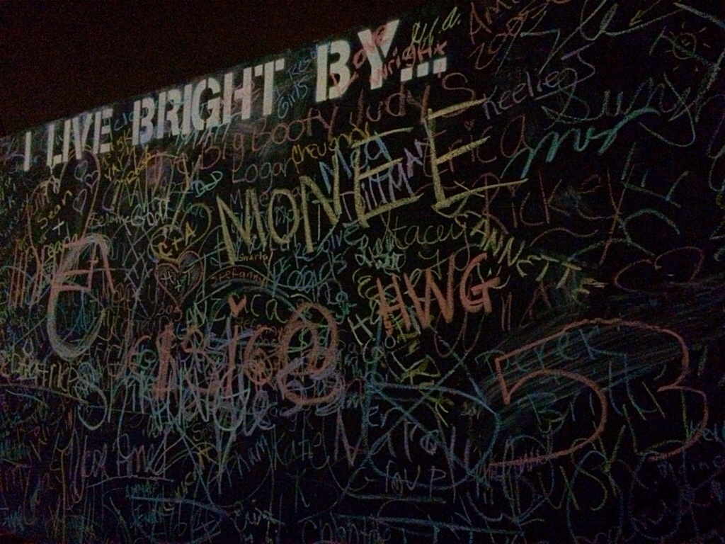 neon dash live bright wall