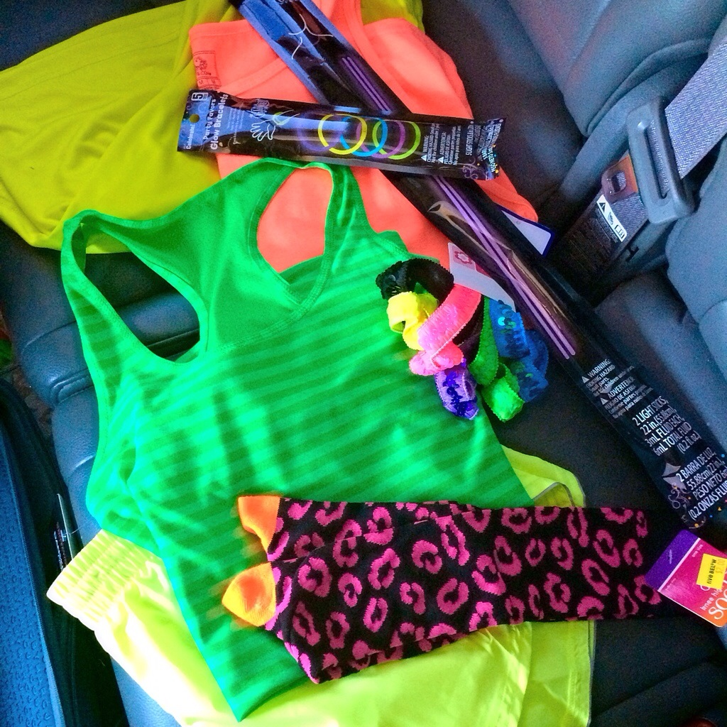 neon clothes for the neon dash 5k