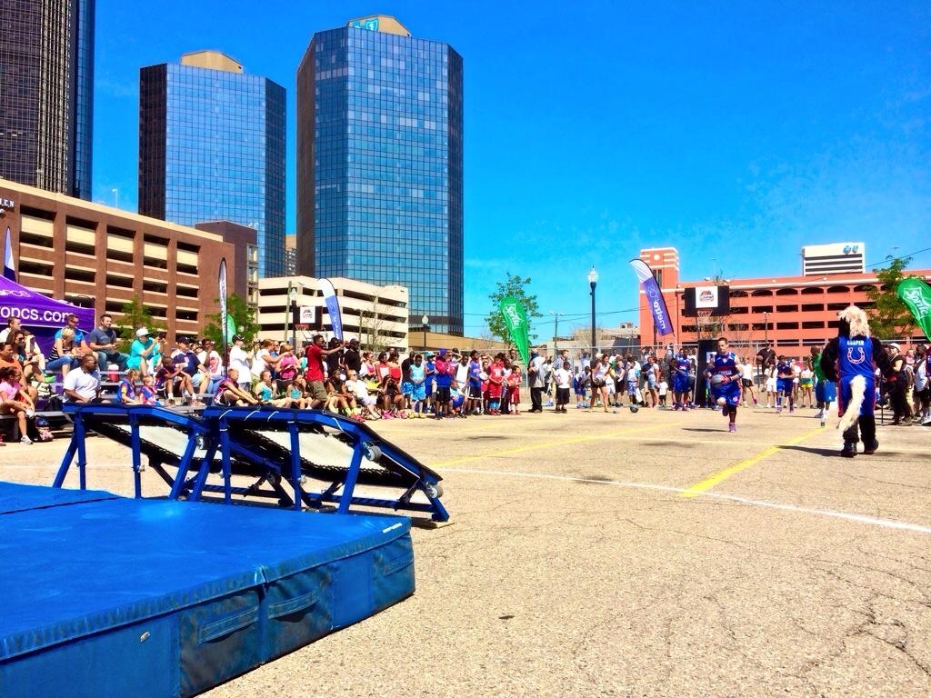 Detroit Riverfront appearance dunk show