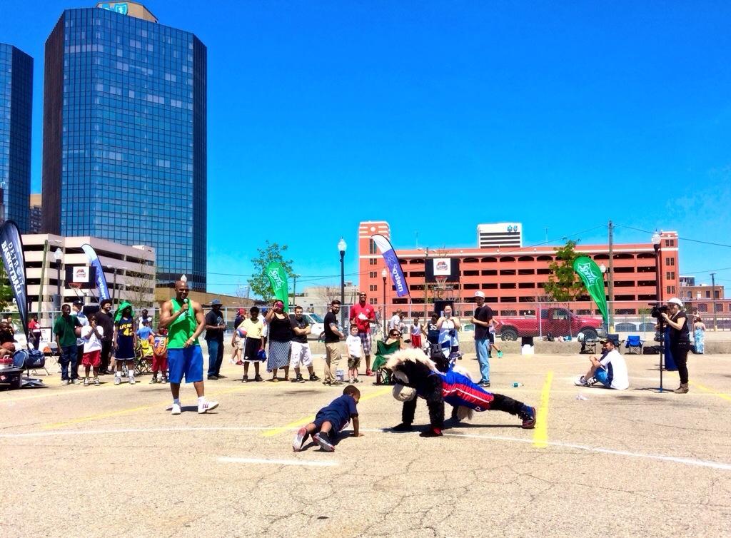 HOOPER at Hoops event Detroit Riverfront