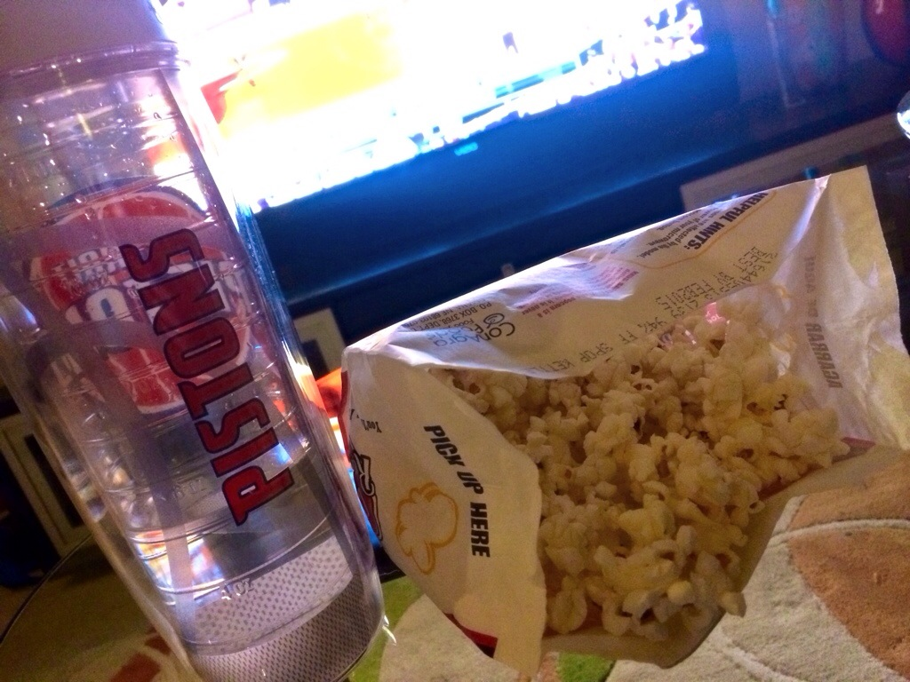 popcorn and basketball