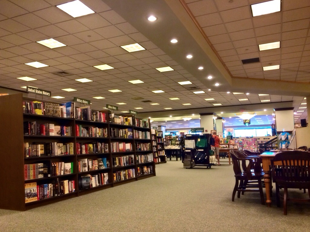 barnes and noble book corner