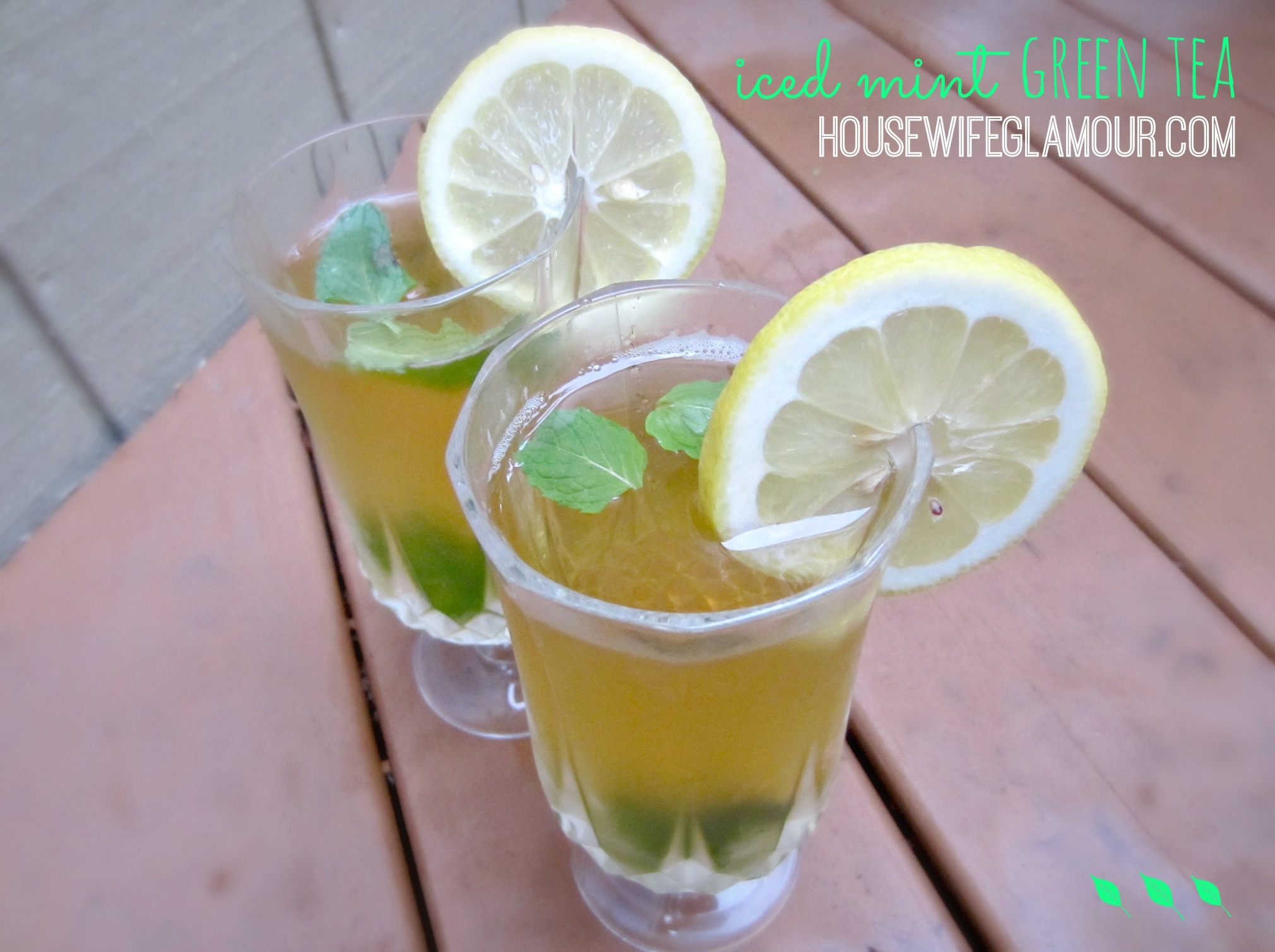 Iced Mint Green Tea with lemon recipe
