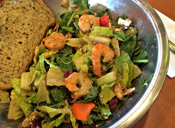 Salata seafood salad closeup jpg