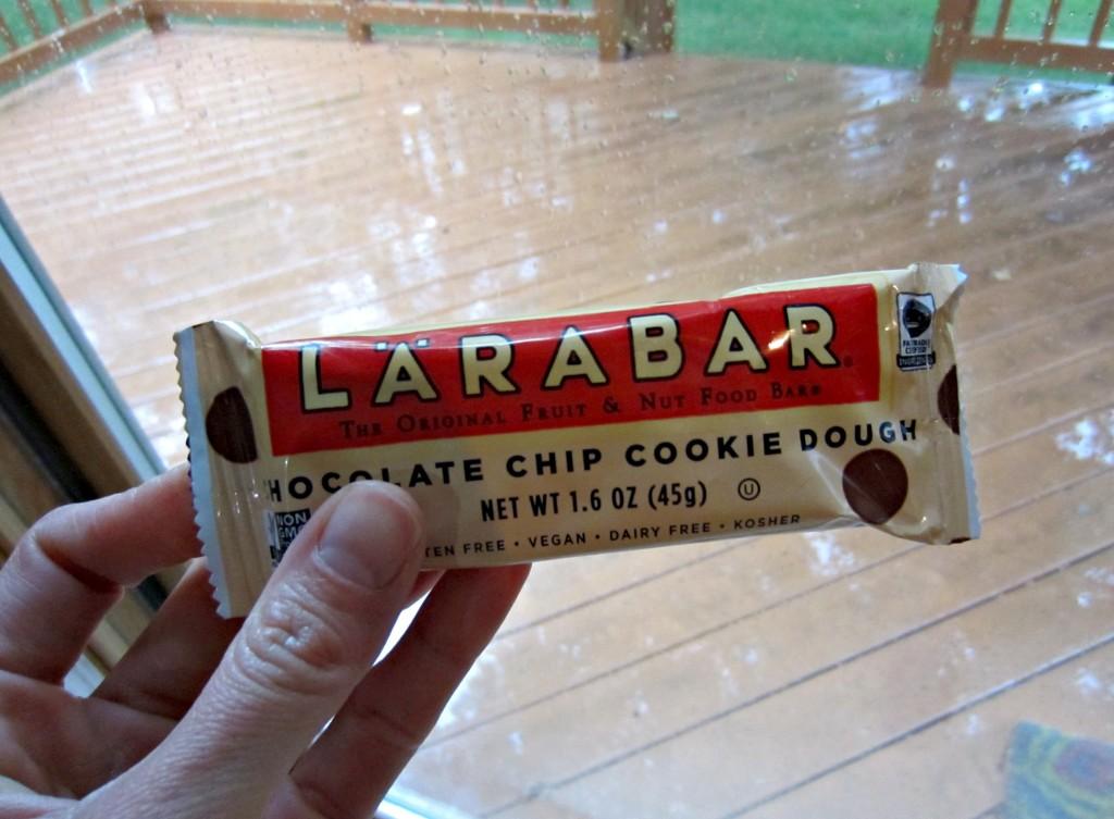 chocolate chip cookie larabar