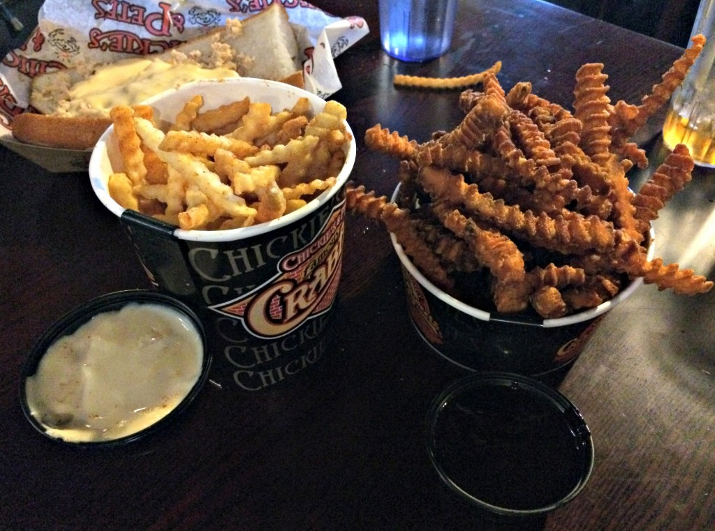 chickie's & pete famous crabfries