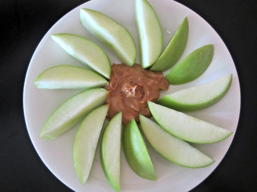 healthy snack apples and pb