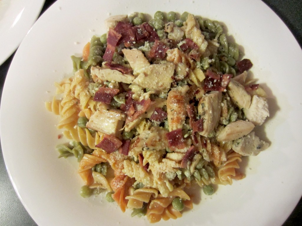 chicken turkey bacon pasta with light sauce