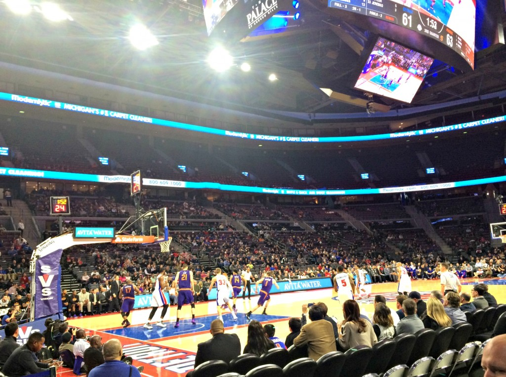Detroit Pistons vs Suns game
