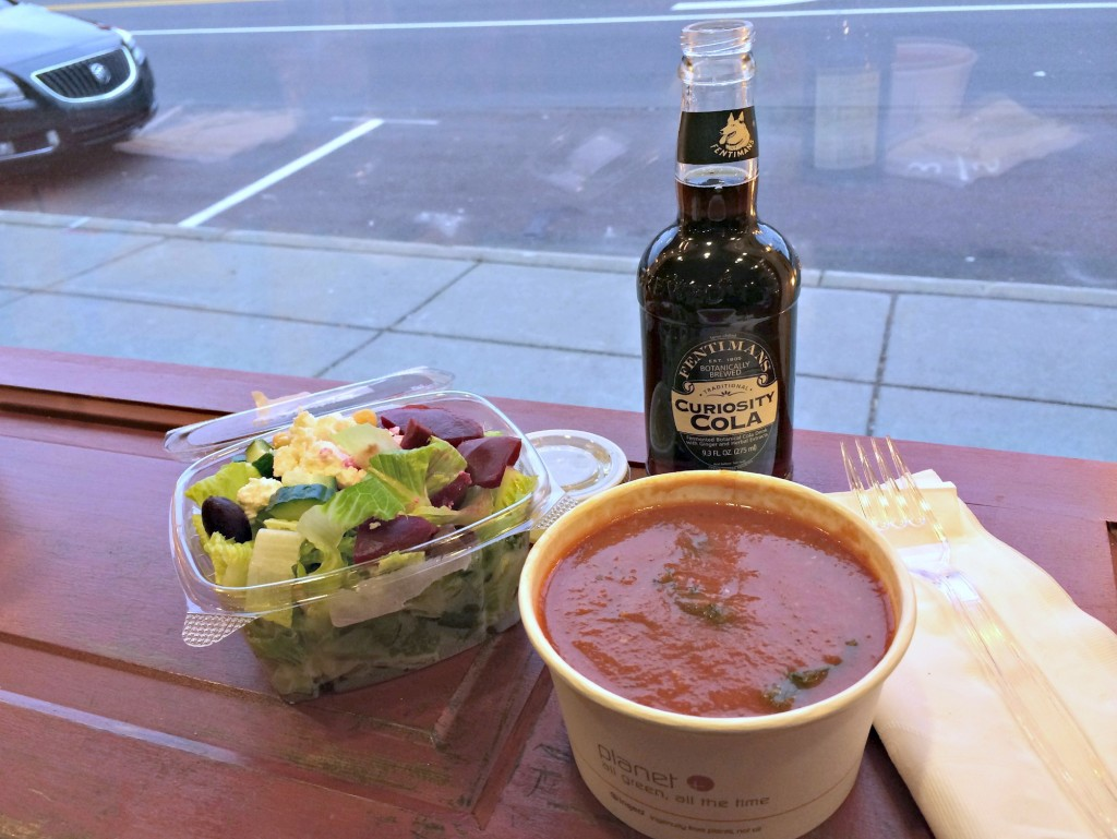 clarkston organic market lunch