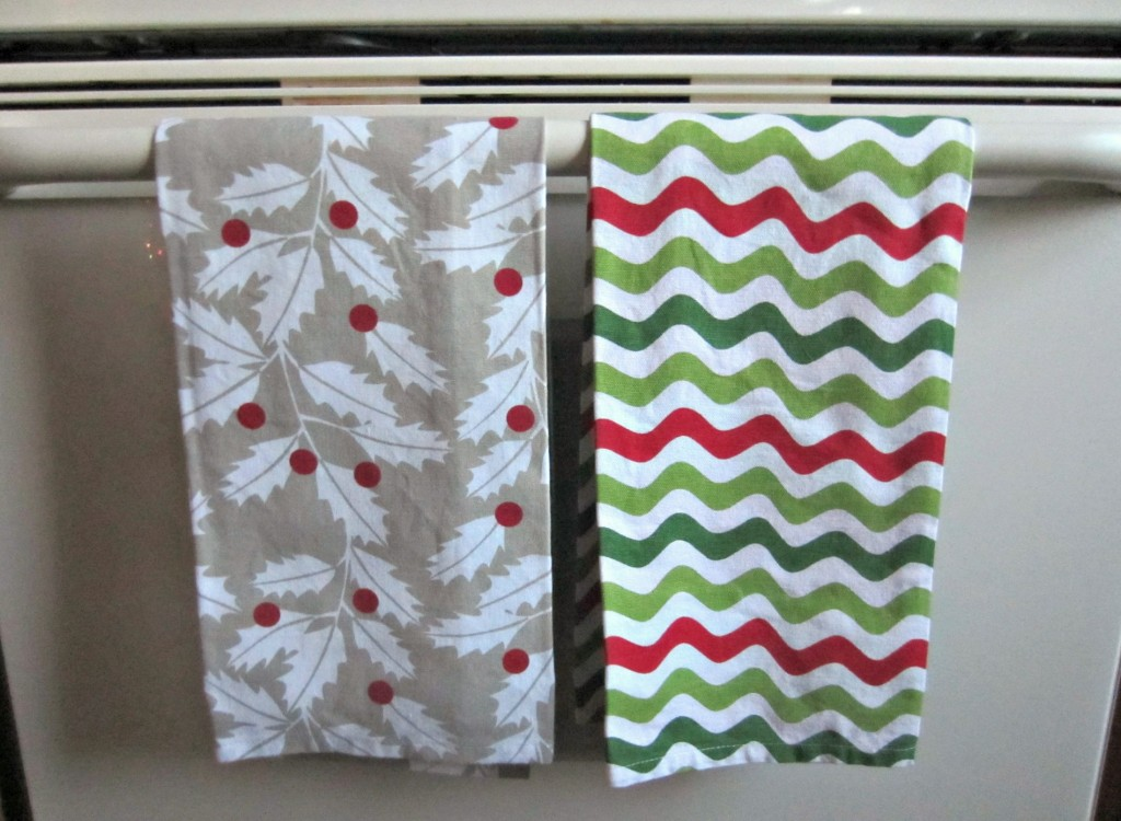 crate & barrel christmas dish towels