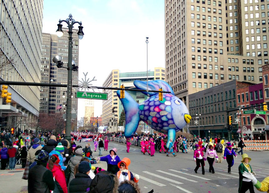 detroit thanksgiving day parade floats