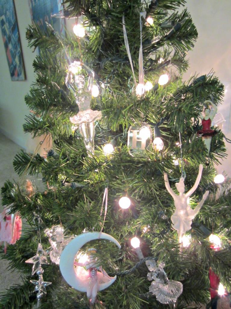 mini dancer christmas tree