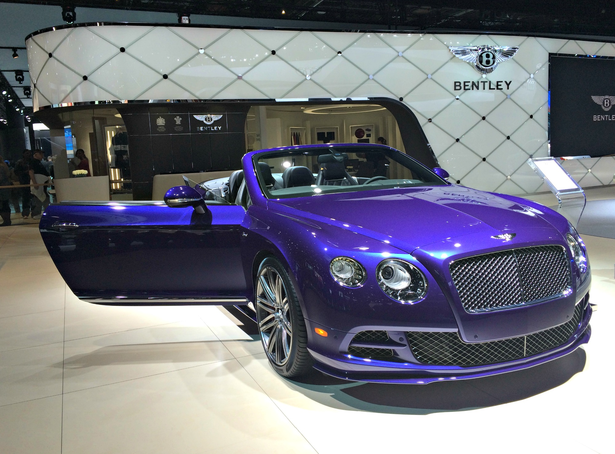 bentley at auto show