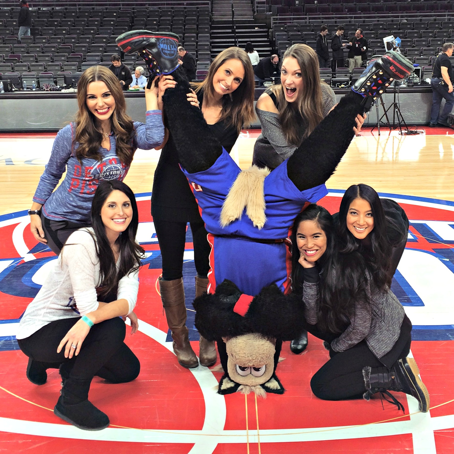 pistons game with hooper and auto show girls