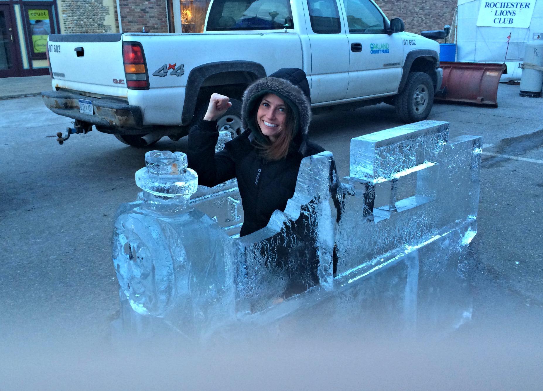 thomas the train ice sculpture 2