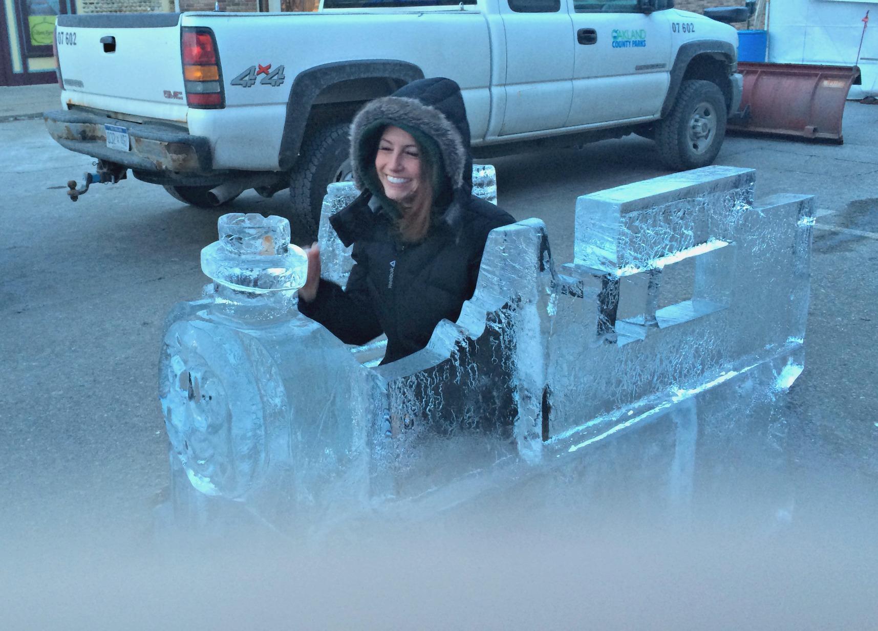 thomas the train ice sculpture