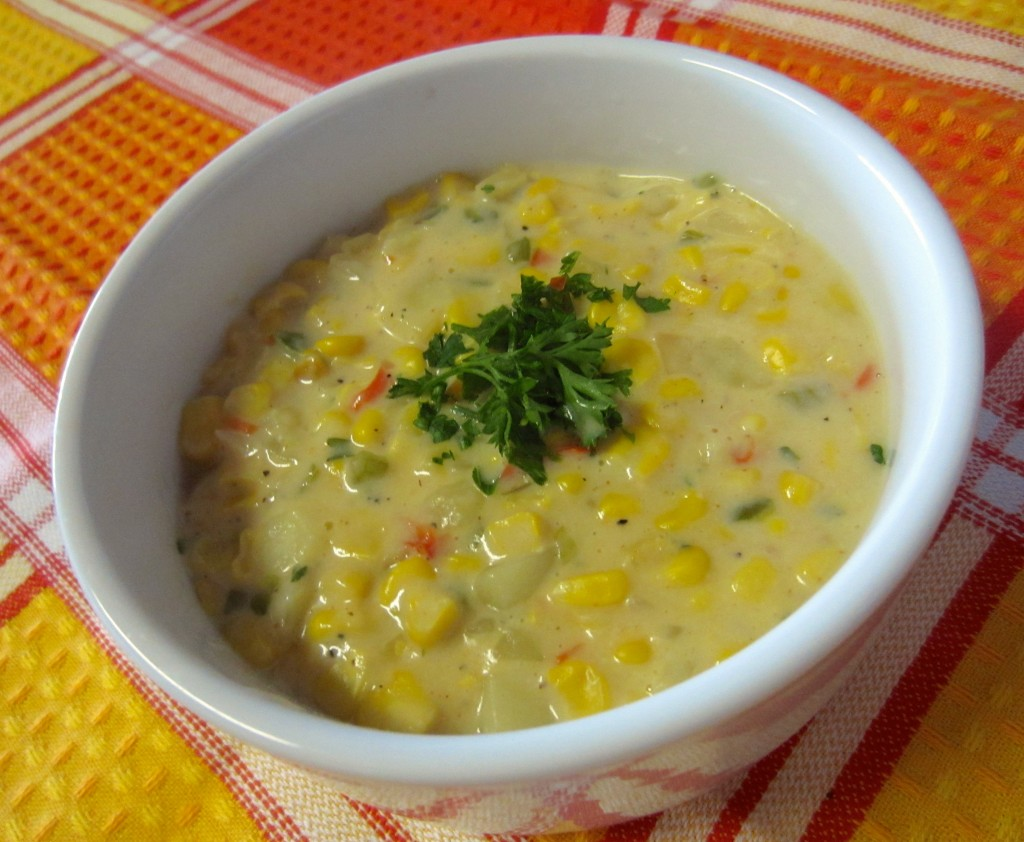 Healthy Vegetarian Corn Chowder - Life In Leggings | Life In Leggings