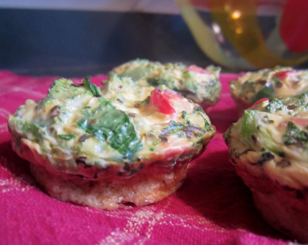 Southwest Egg + Veggie Muffins | Life In Leggings