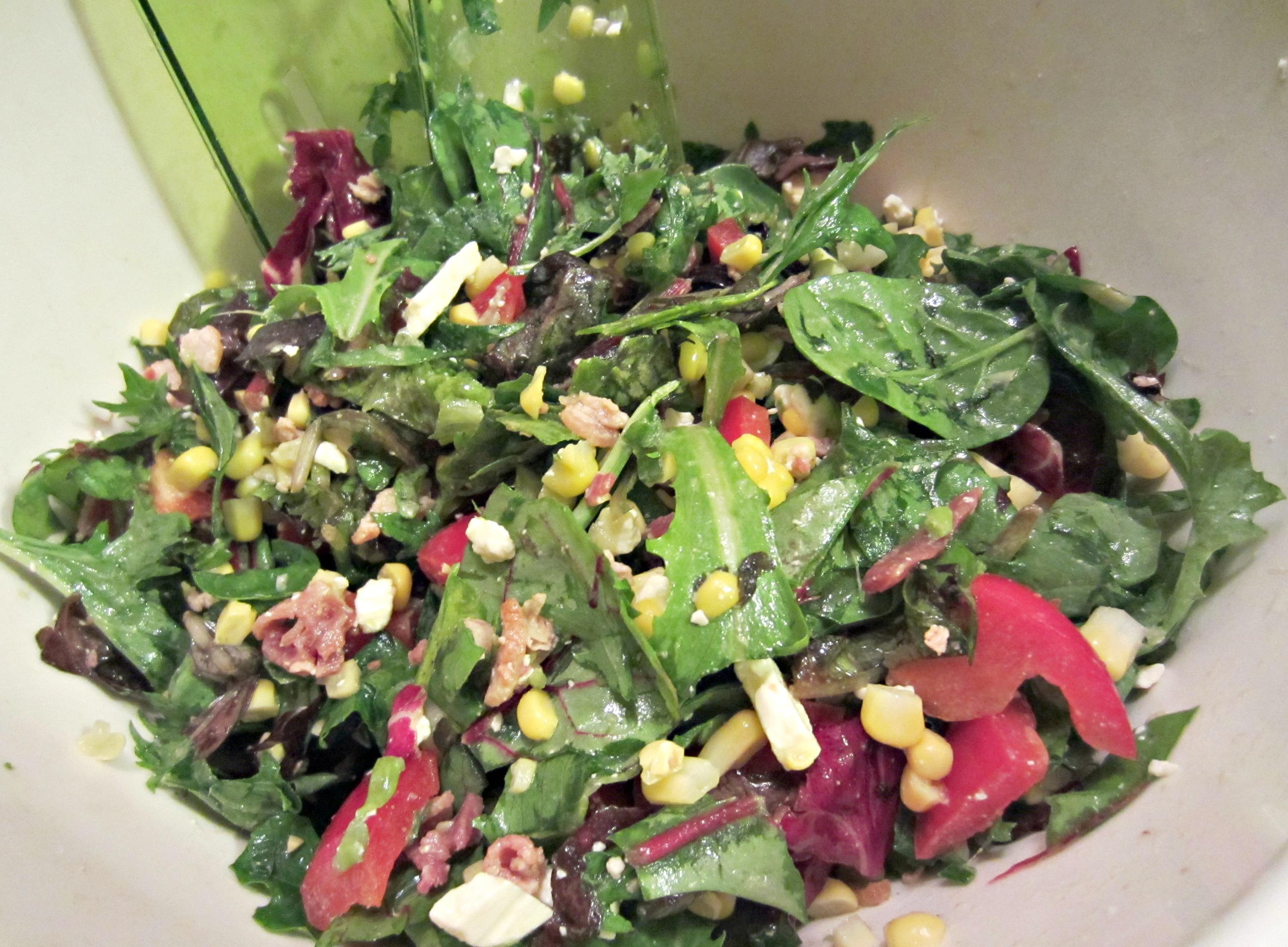 corn and pepper feta salad