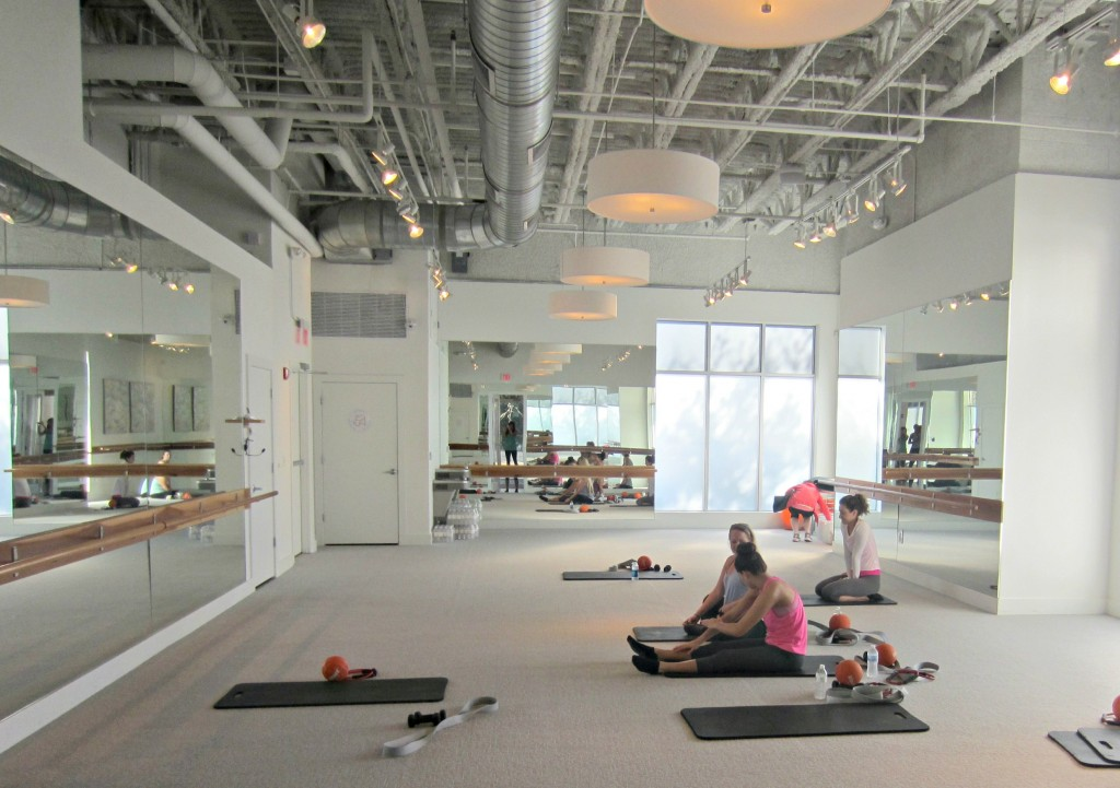 barre 54 winter park studio