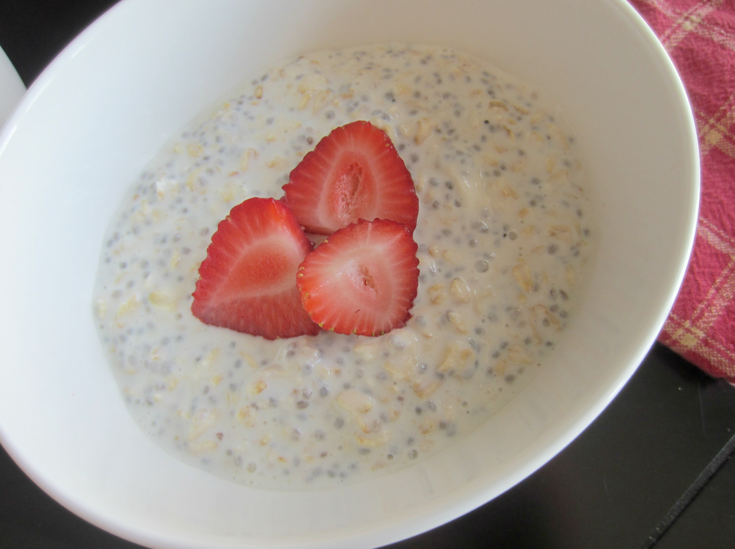 plain overnight oats close up