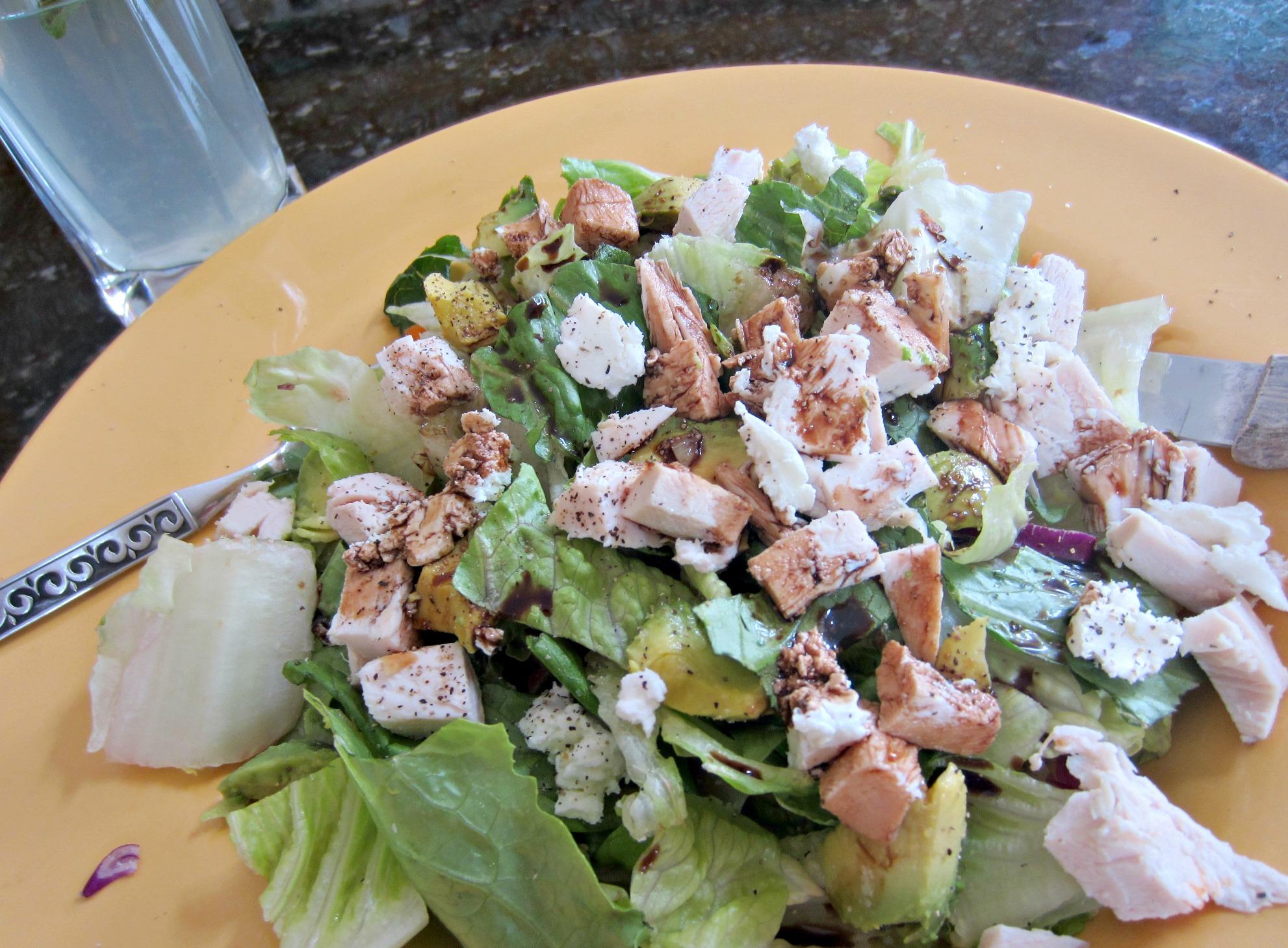 chicken gouda avocado salad