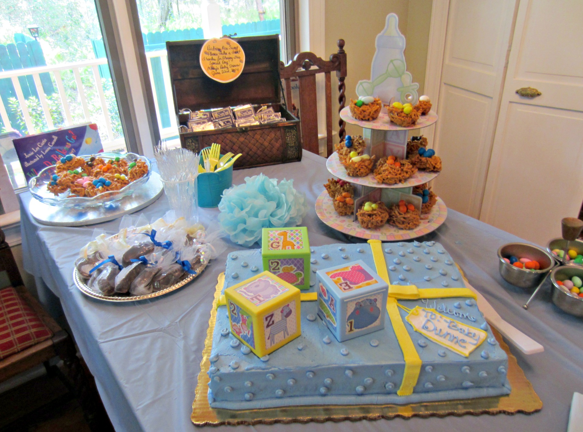 Baby Shower cake table setup