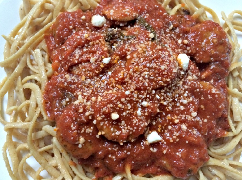 Whole wheat linguine with Al Fresco Sundried Tomato chicken sausage in ...