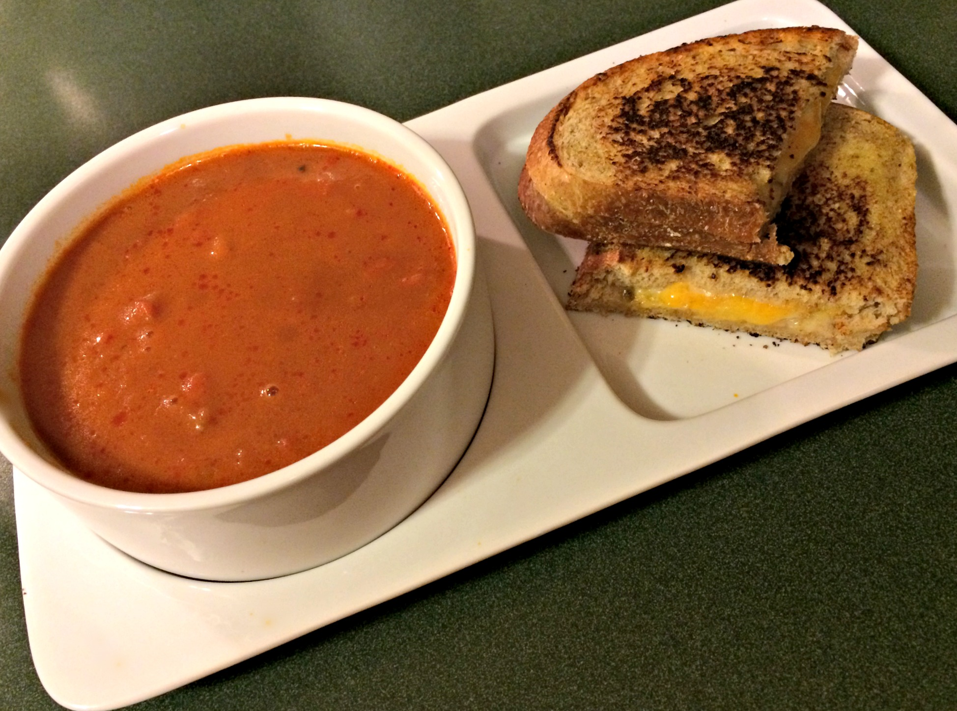 grilled cheese and roasted red pepper soup