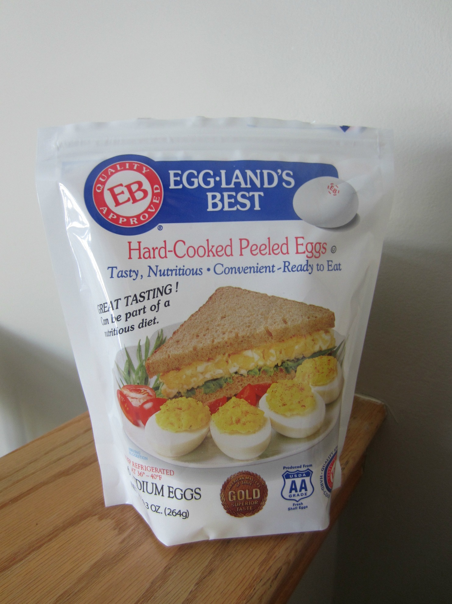 eggland's best hard-cooked peeled eggs