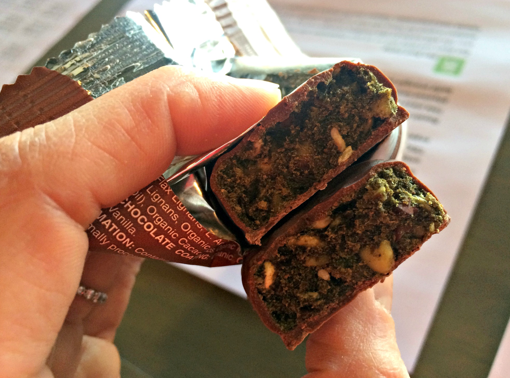 AmaZing Grass Chocolate Green Superfood Energy Bar