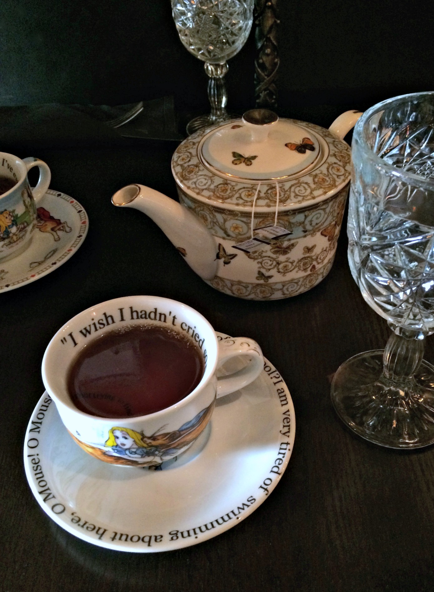 mad hatter tea bistro