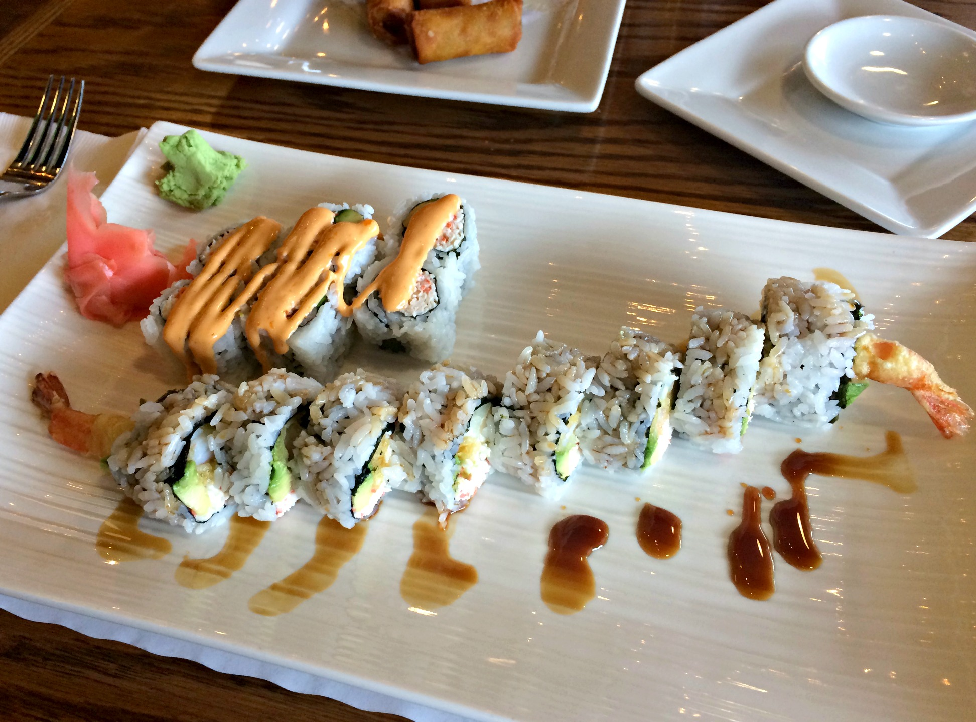 soho sushi philly cheese roll and spicy california roll