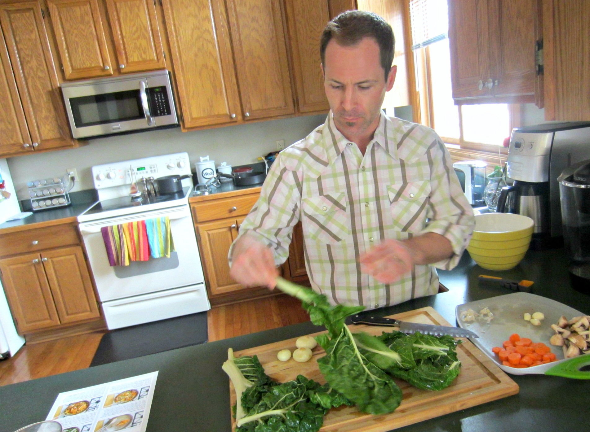 Blue Apron cooking with Scott