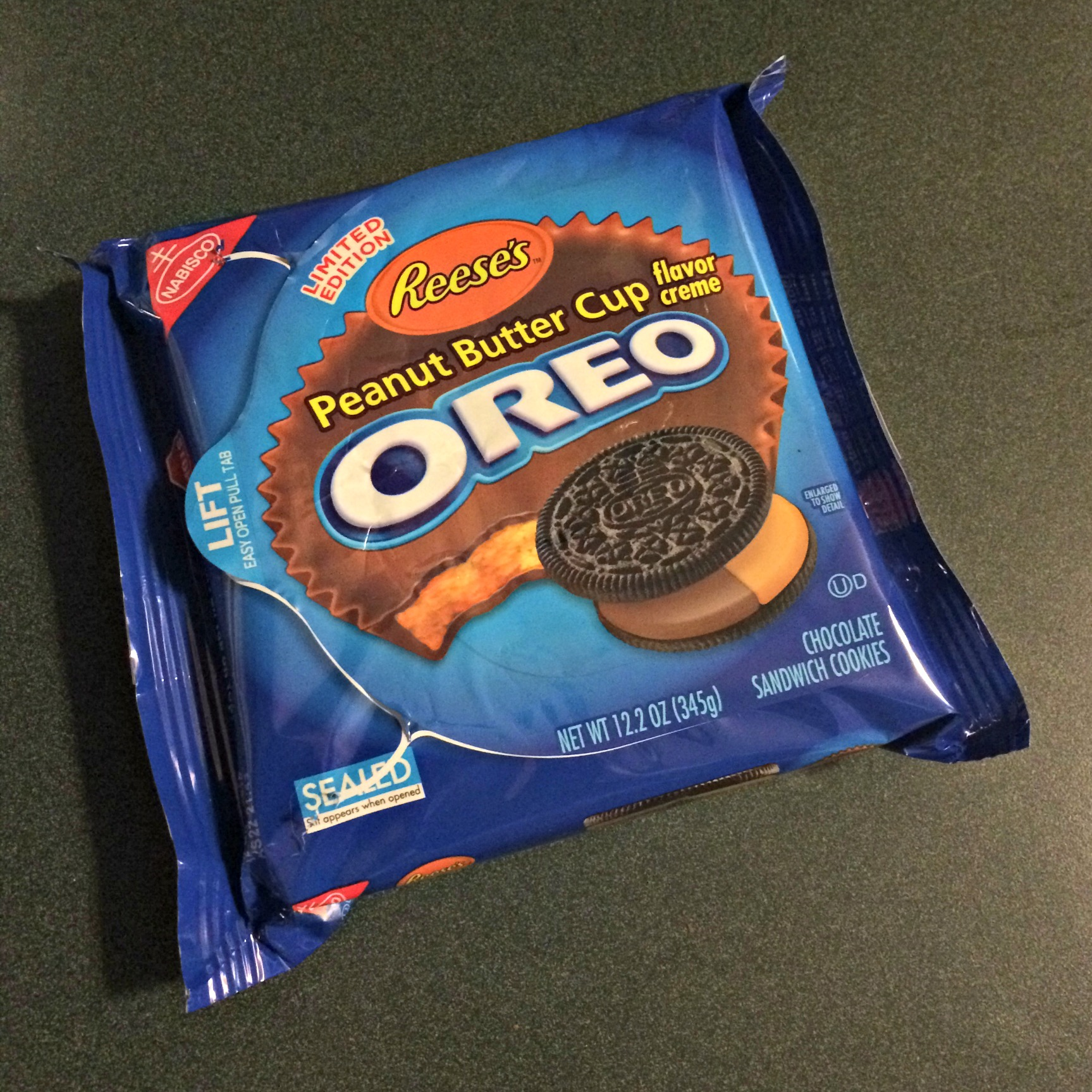 Reese's peanut butter cup oreo