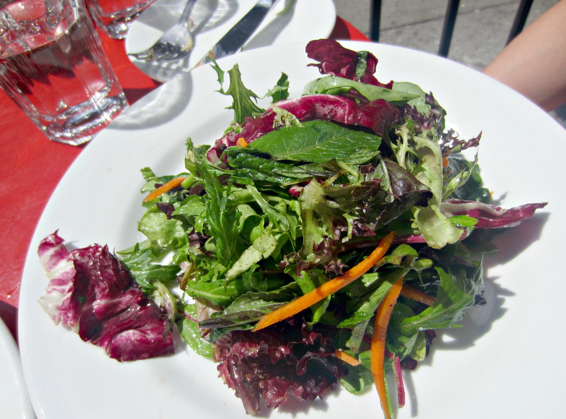 cafe mogador house salad