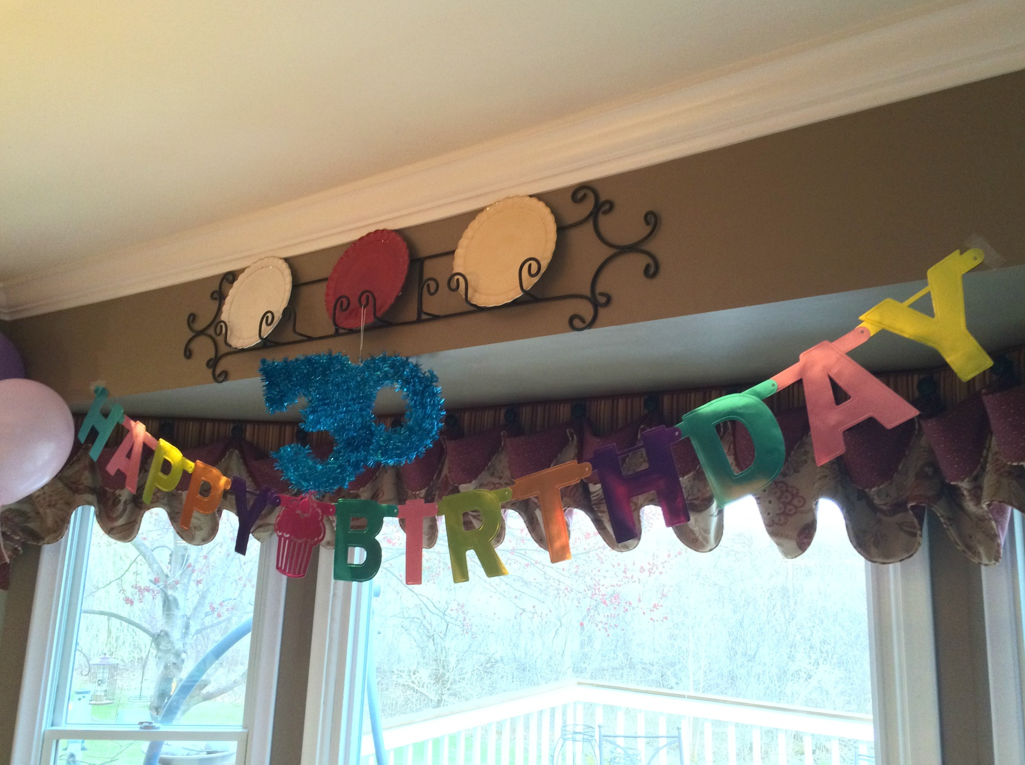 happy birthday banner and 30 sign