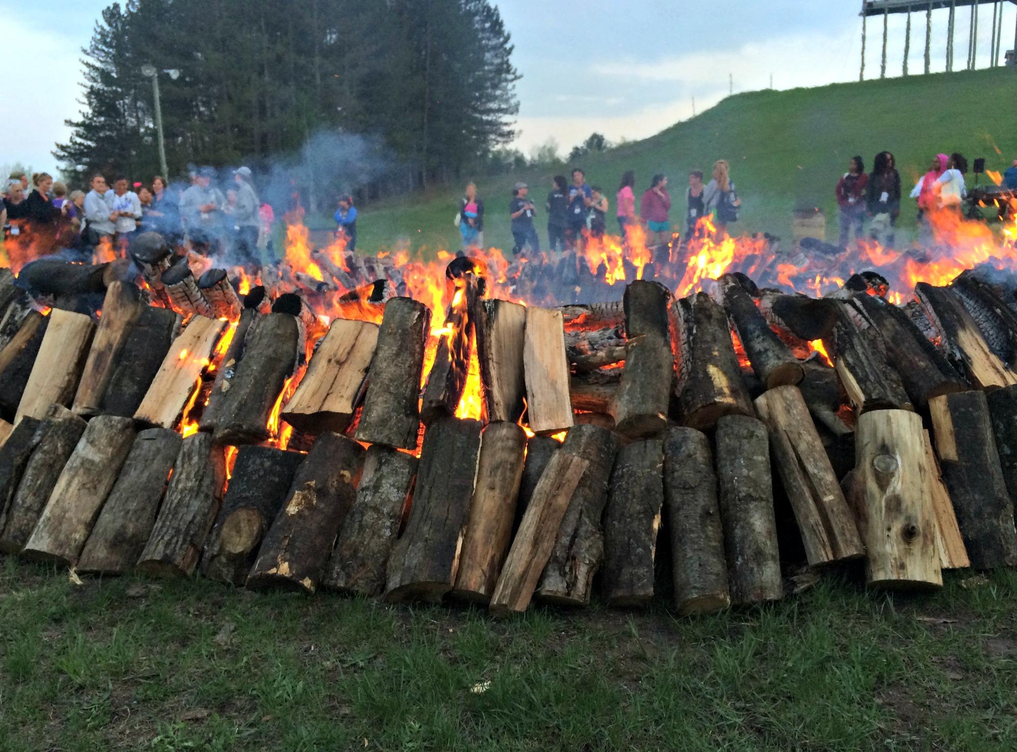 spring hill campfire bonfire