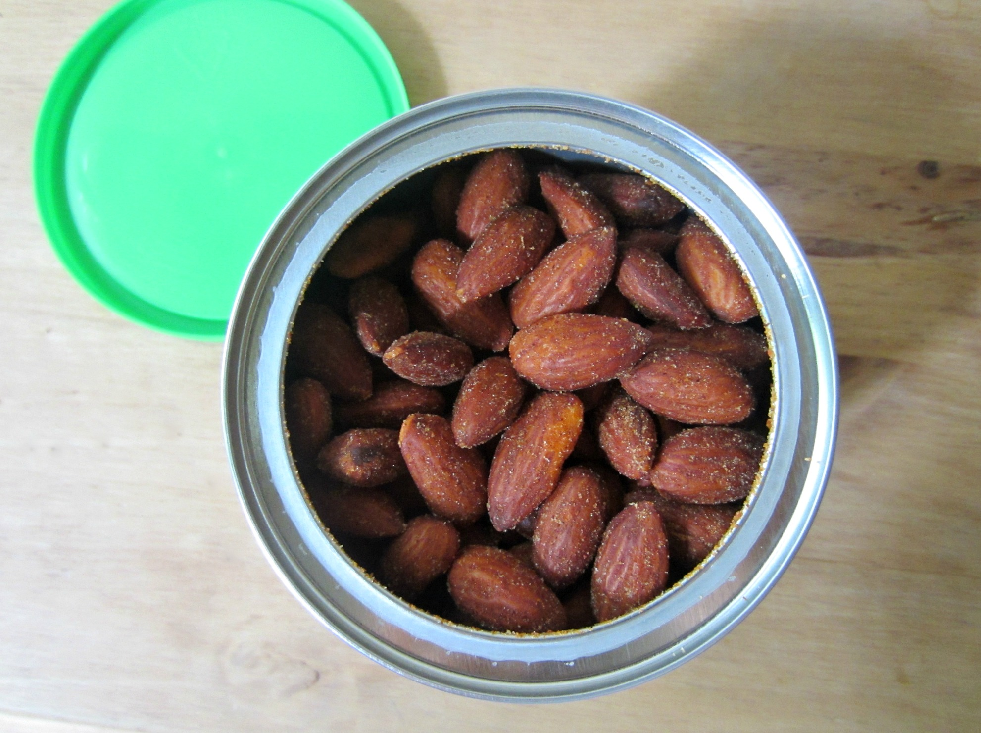 Blue Diamond Almonds Sriracha