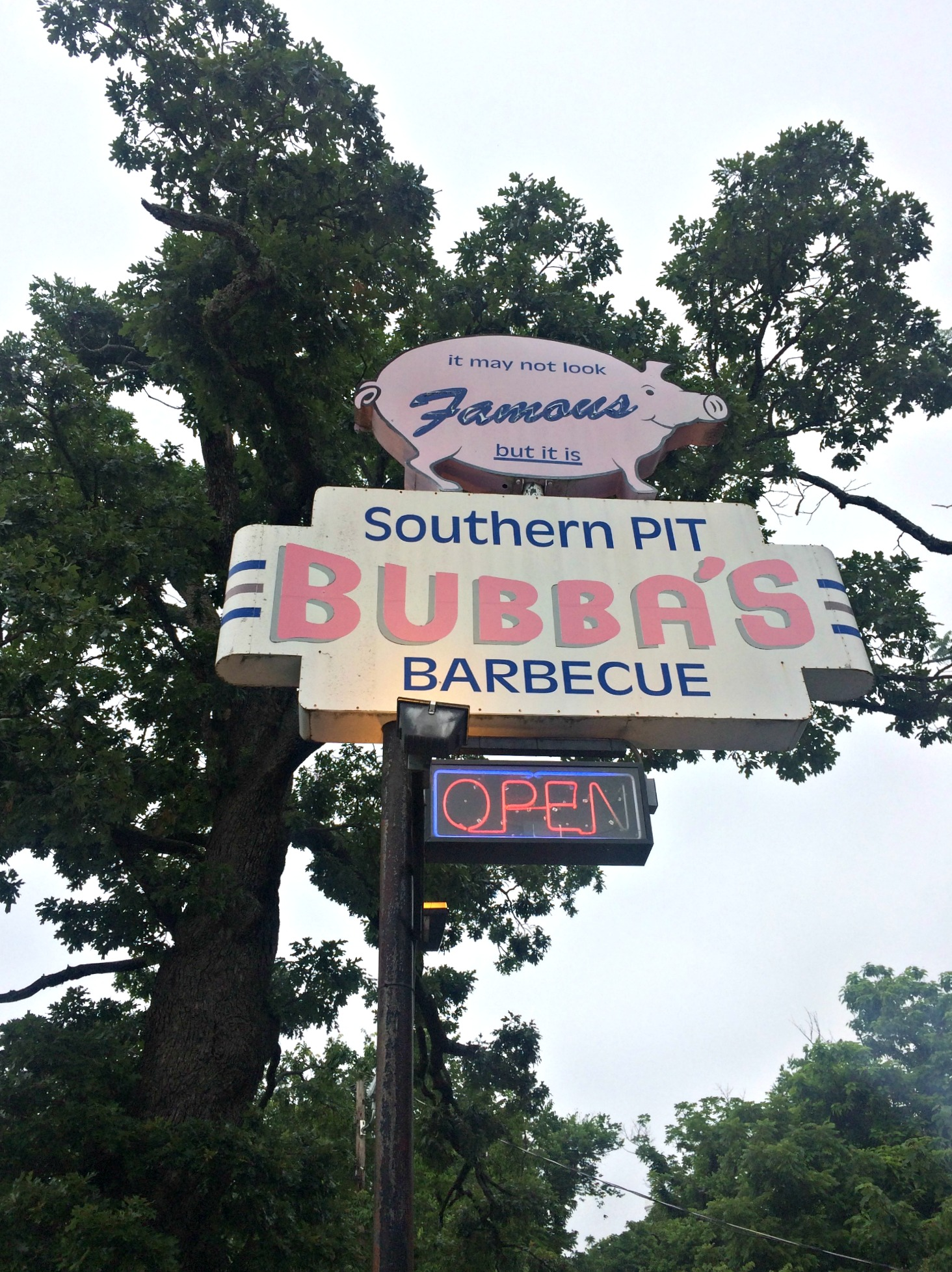 Bubba's Southern Pit Barbecue - Eureka Springs