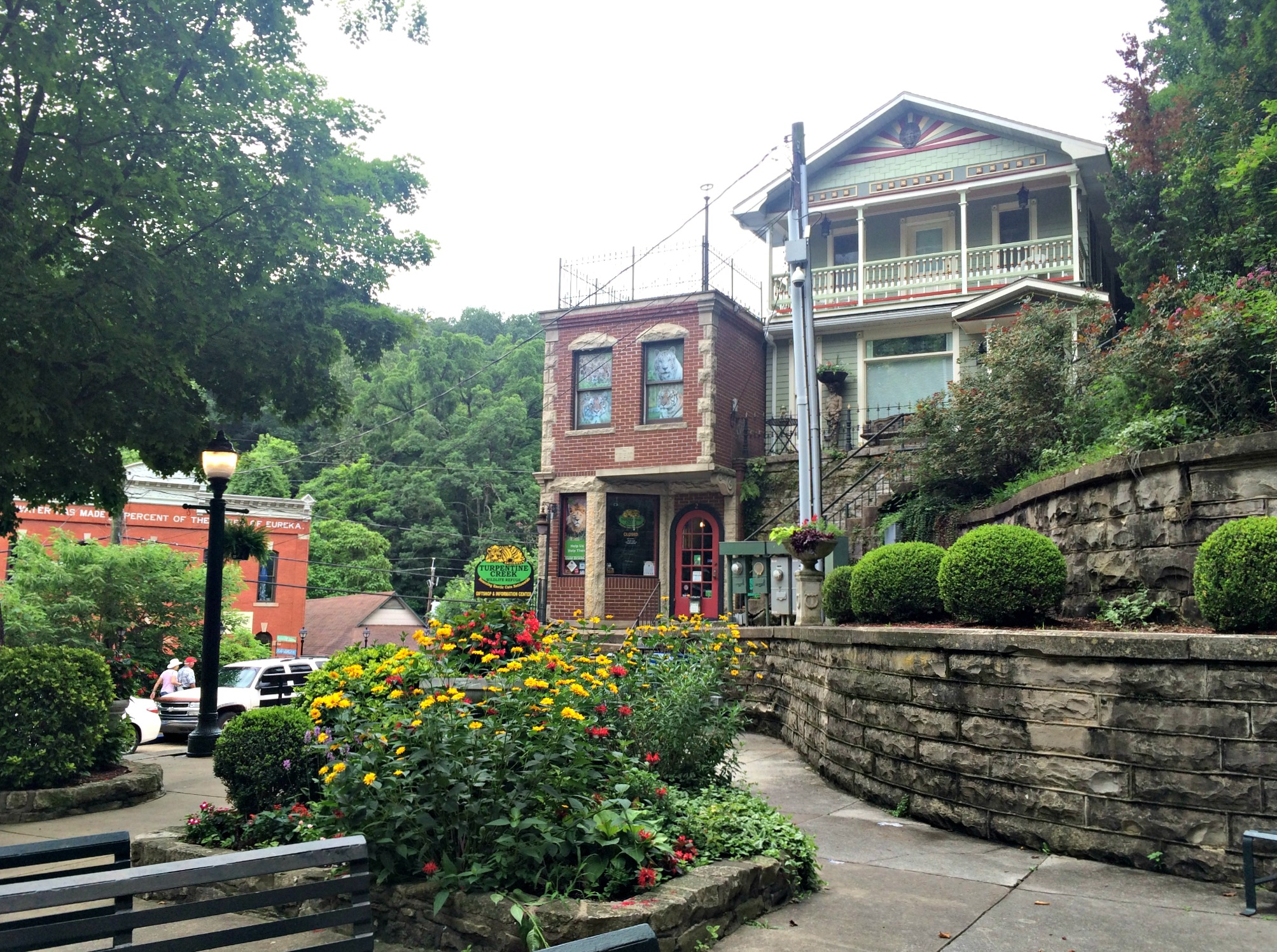 downtown eureka springs historic district