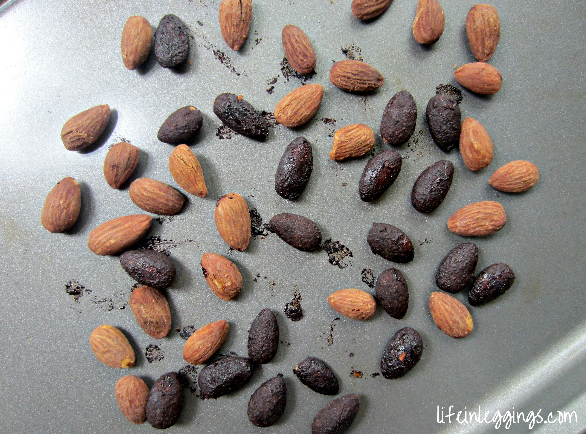 toasting almonds in the oven