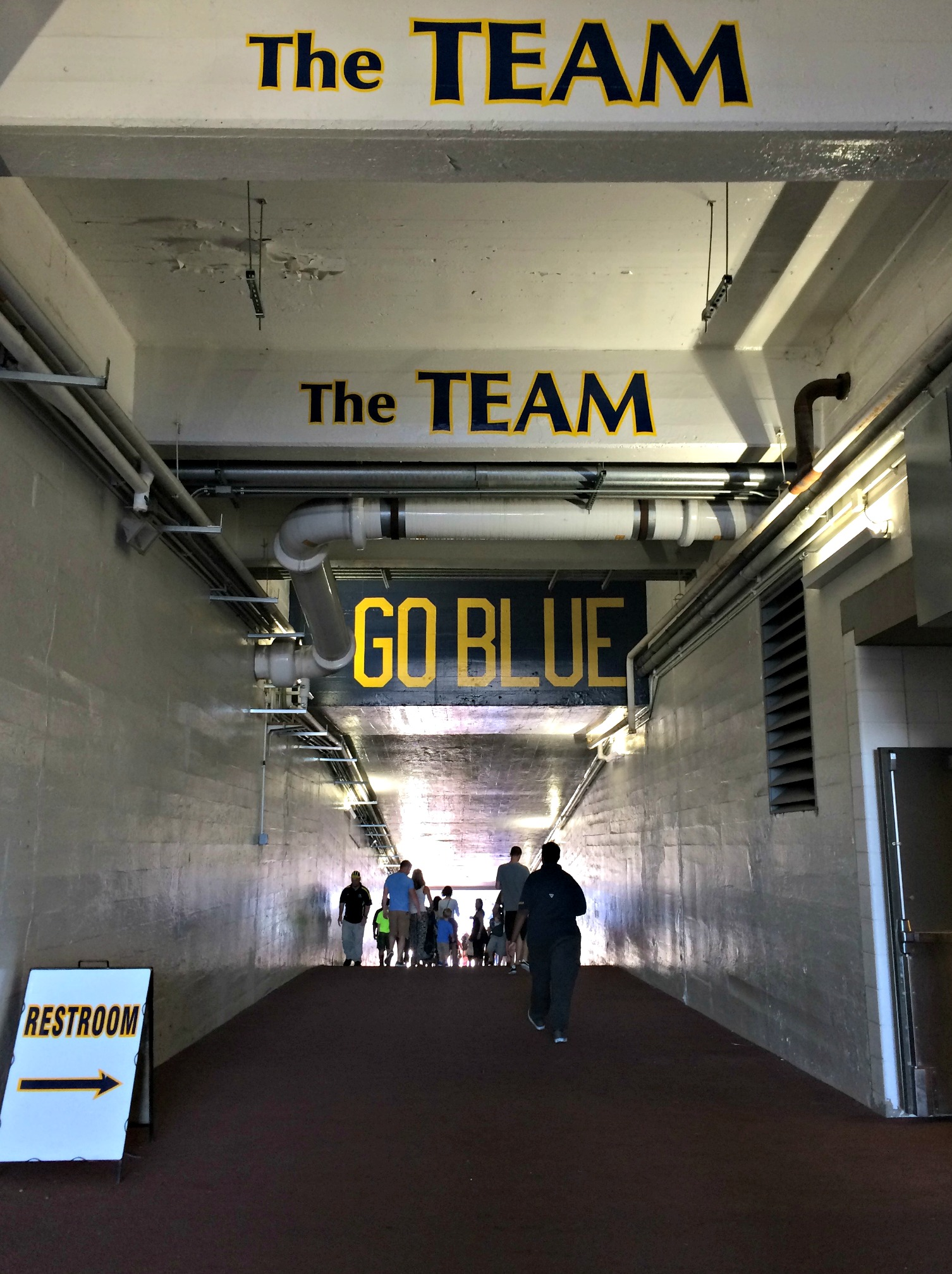 university of michigan players tunnel