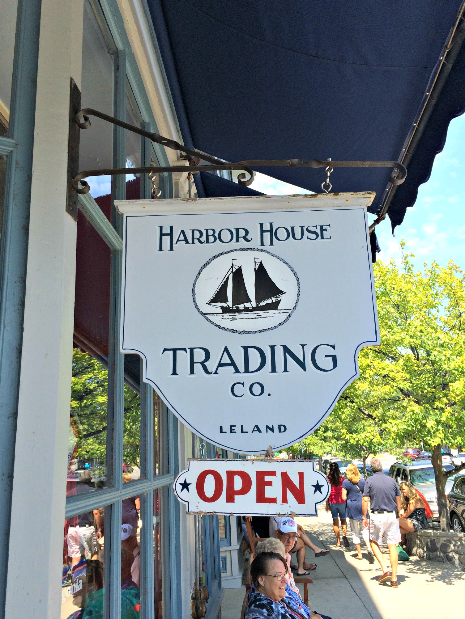 harbor bouse trading co. leland, mi