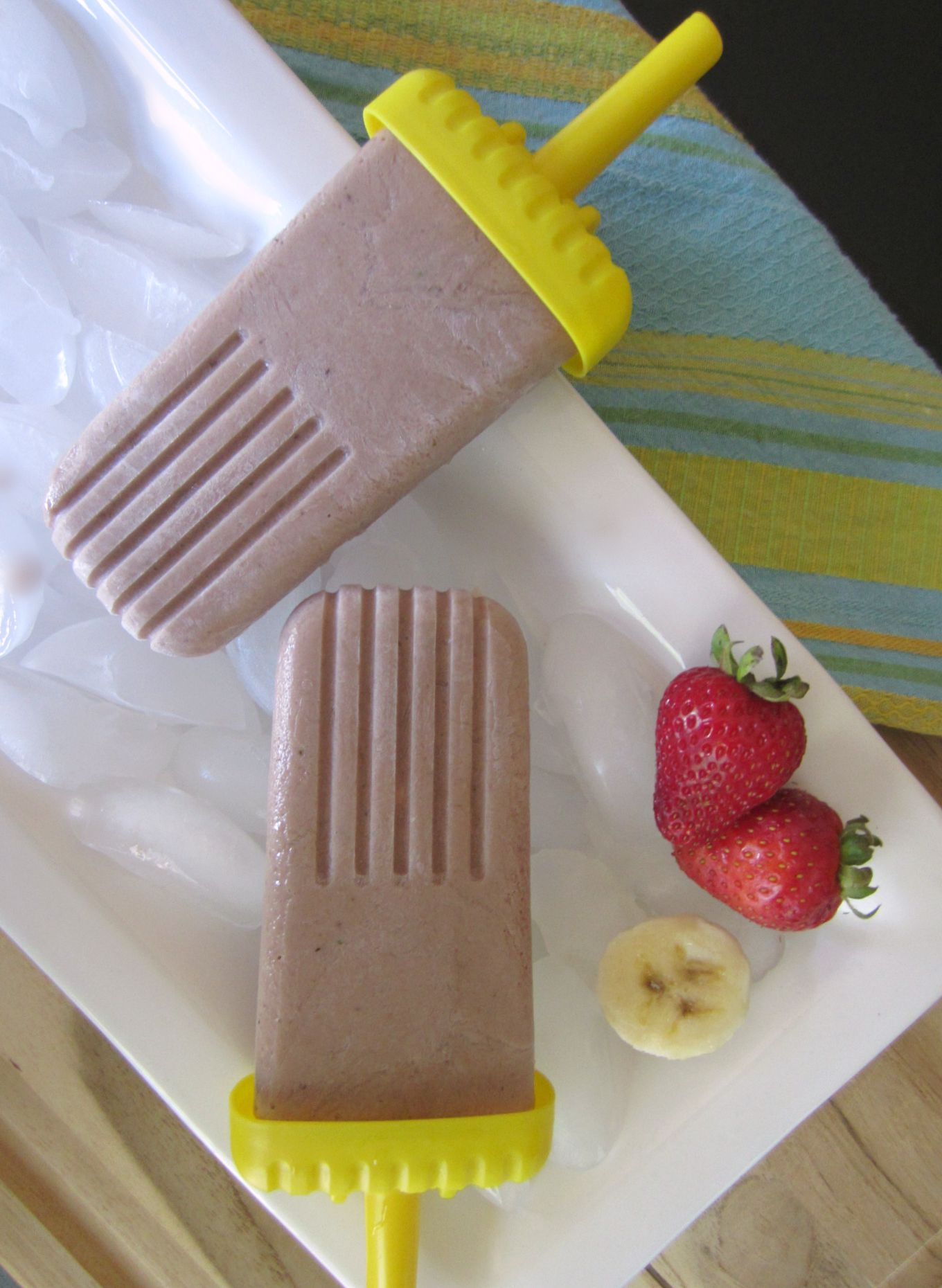 healthy chocolate banana split popsicles