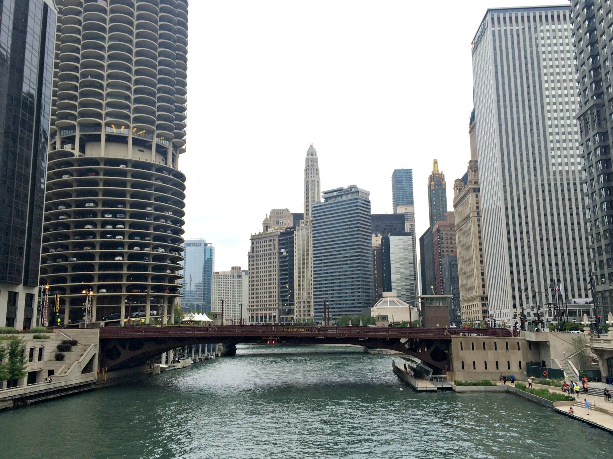 downtown chicago riverfront
