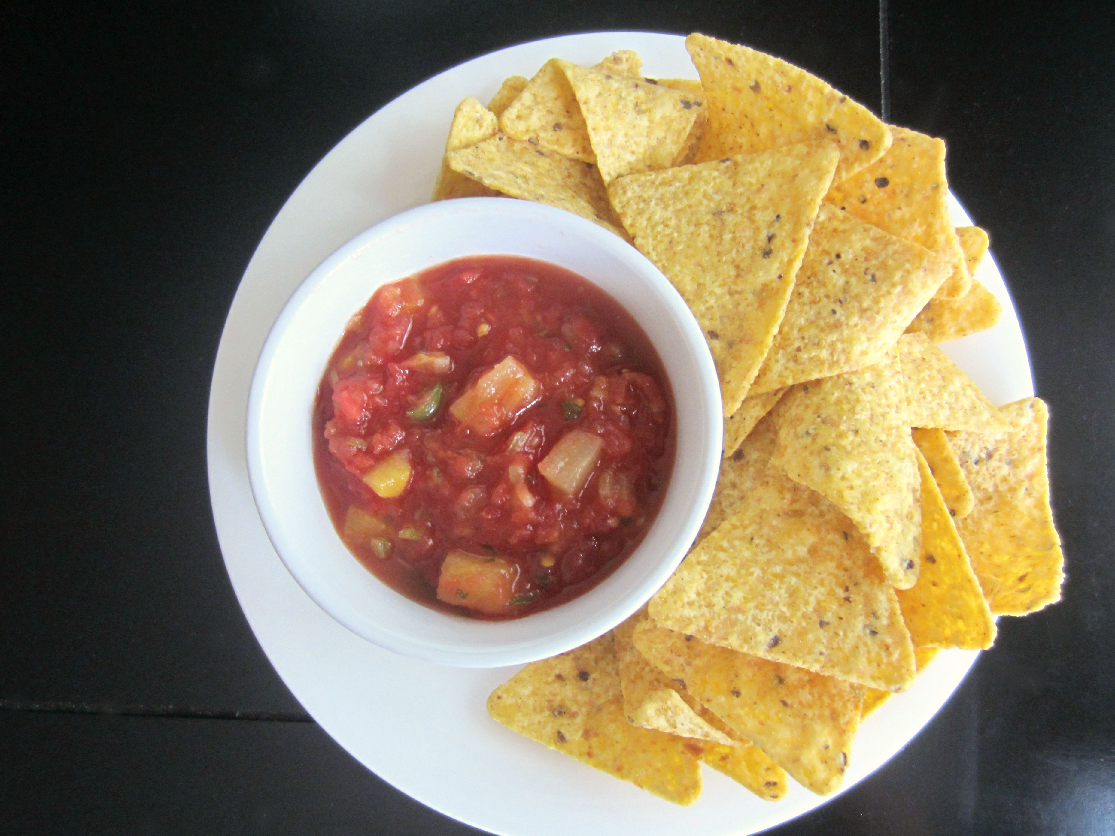 mango salsa with yellow corn chips